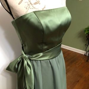 Dessy Collection Clover Green Party Dress Size 2